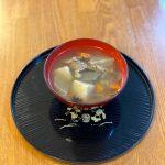 東北名物「芋煮会」