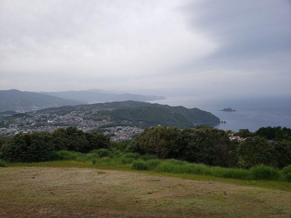 小室山展望台デッキを見に行きました。